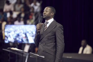 Download Sermon: The Peacemakers (Go And Borrow Vessels) – Prophet Emmanuel Makadiwa
